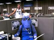 Dallas Mavericks Parodies Geico with Dirk Nowitzki