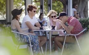 Sun Mum Campaign: Sun Mum at the Cafe