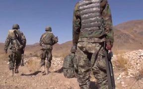Aussie Team Plays Afghan Rules