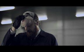 Kit Kat Video: Car Chase