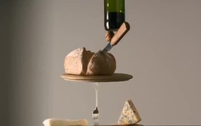 Castello Commercial: Balanced
