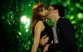 Heineken Commercial: Beer Gloss