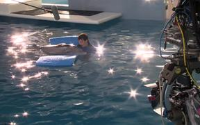 """Dolphin Tale 2 - """"Look Who's Running the Show"""""""
