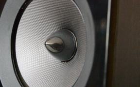 How It Works - Speaker Close Up