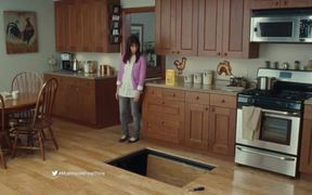 Wheat Thins Commercial: Trap Floor