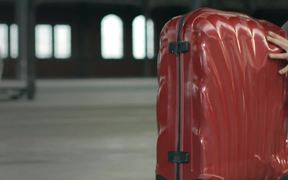 Samsonite Campaign: Gravity