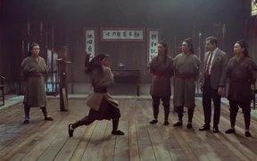Snickers: Mr. Bean Studies Martial Arts Nunchucks