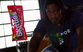 Skittles Commercial: Marshawn Lynch Gears Up