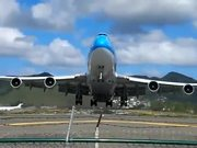 Crazy Start of an Airplane B747 in Saint Martin