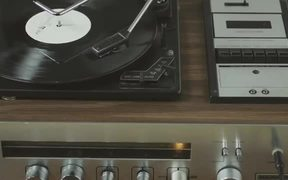 Marvin Magazine Commercial: Radiohead