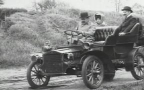 Horse And Wagon vs Horseless Carriage