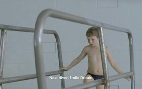Quebec Health Ministry Commercial: Diving