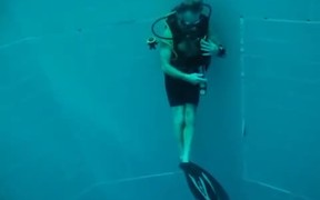 The Deepest Pool in the World - Nemo 33