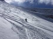 Skiing Climb-Down